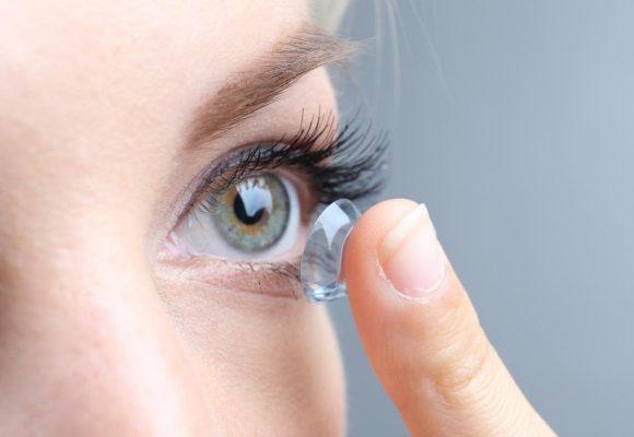 Atenção: O uso de lentes de contato requer cuidados diários